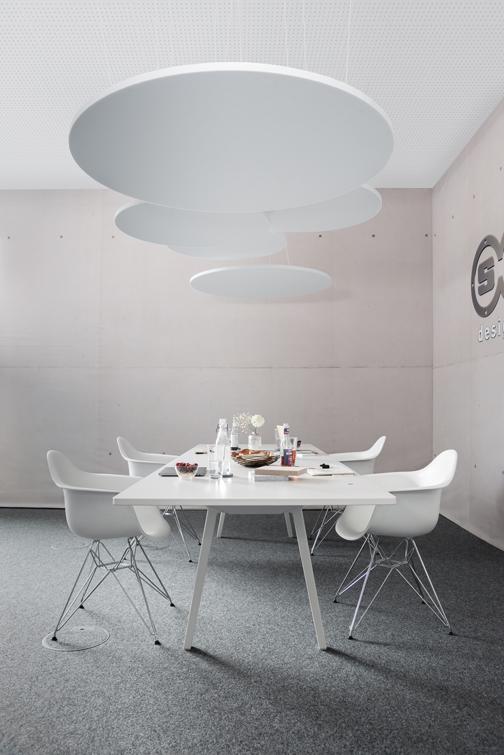 Runde Akustikdecke als Akustiklösung für ihr Büro