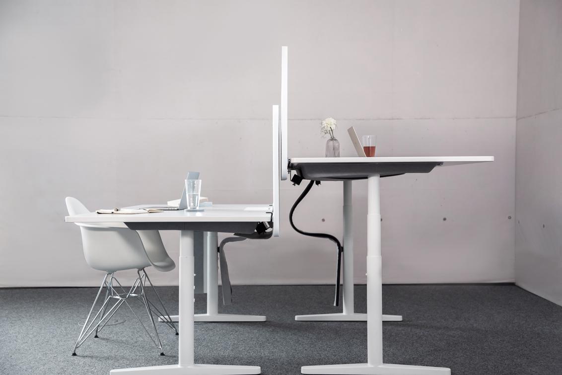 Akustik Trennwände für den Schreibtisch führen zu Schallminderung