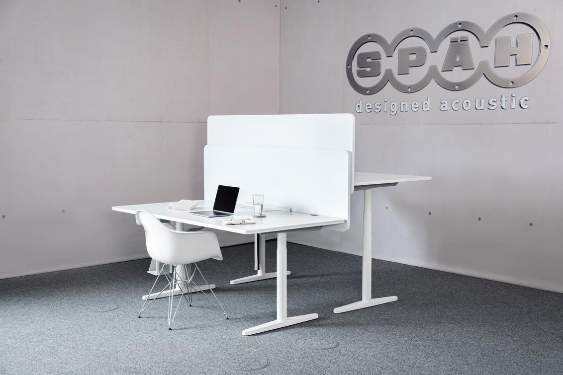 Die Akustik Trennwand für den Schreibtisch bietet optimalen Schallschutz